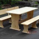 садовая мебель: стол, скамейка из дерева