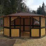 овальная беседка деревяггая для дачи или парка отдыха